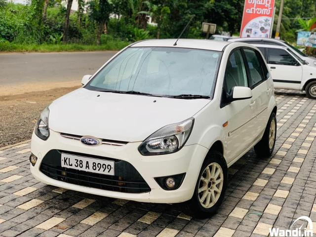 OLX USED CAR 2010 FORD FIGO ZXI