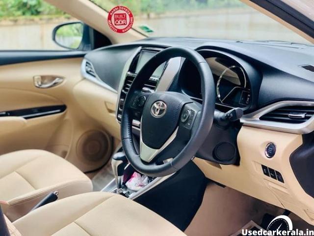 2020 model 1.5L toyota yaris VX petrol