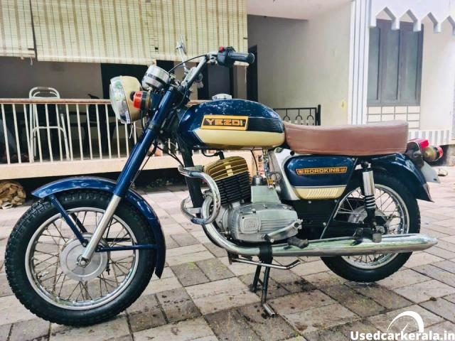 1990 Yezdi Roadking single used for sale in Thrissur