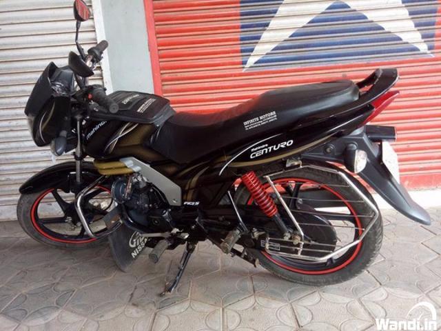 MAHINDRA centuro ₹35,000
