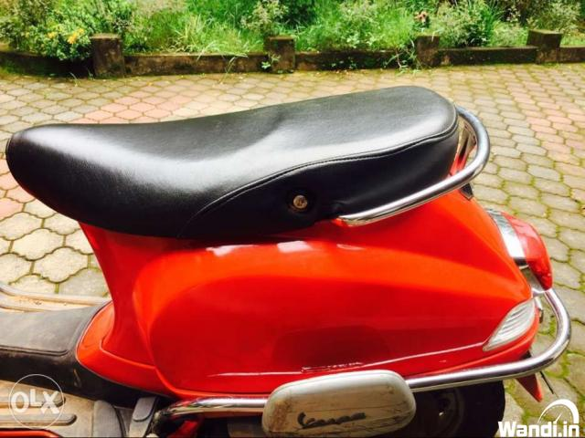 Vespa 2014 very good condition Selling because