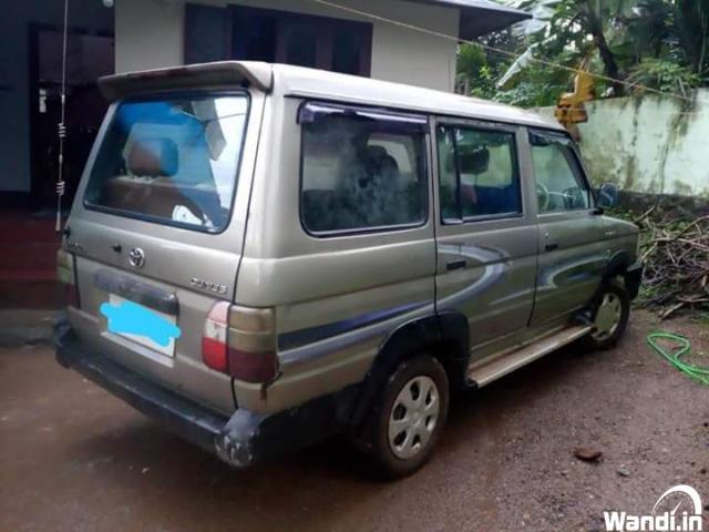Toyota Qualis2004